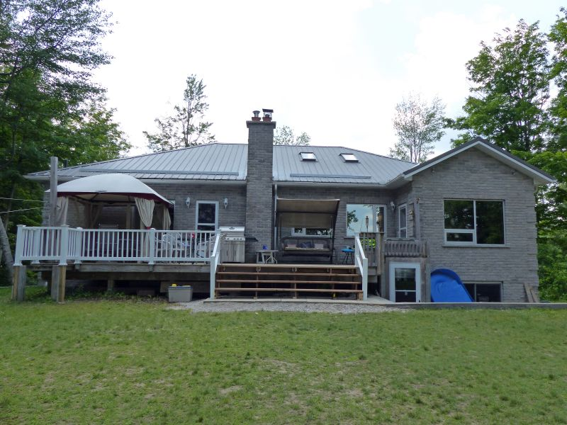 Great Cottages For Rent Waterfront Fun Family Cottage