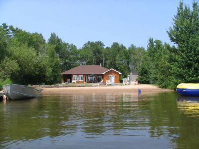 Private Beachfront Cottage on Lake Nipissing