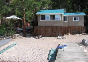 Lake Okanagan Lakefront Cabin