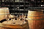 Visit hundres of wineries in Niagara!